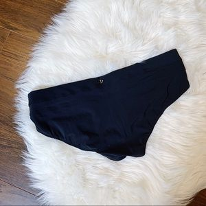 🌸 LULULEMON Black Bikini Bottoms Swim Suit Sz 8